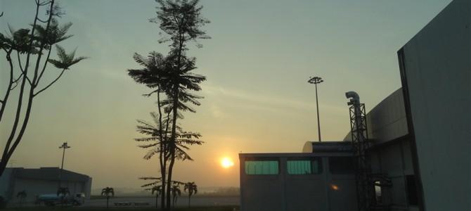 KKからジョホールバル(JB)へ。この日は空港野宿です。