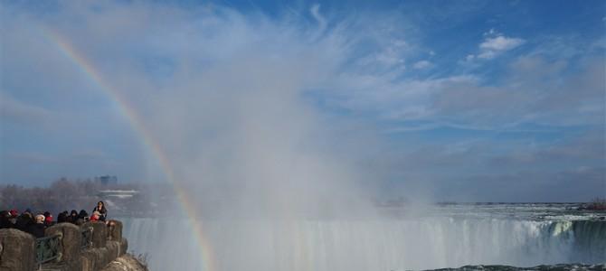 ひたすら寒いけど、世界3大瀑布【ナイアガラの滝】です