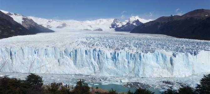 自然が作り出した絶景。ペリト・モレノ氷河