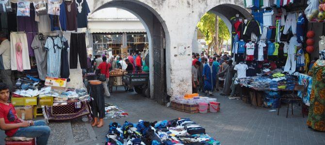 モロッコ最初の街「タンジェ」を散策するも、ラマダン真っ最中のモロッコ。3年連続のラマダン体験です